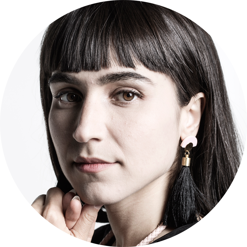 Watch Laleh Pourkarim video